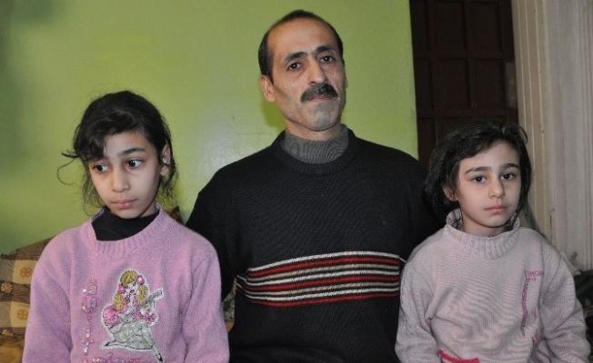 Suriyeli kız kardeşler yanıklarından kurtulmak istiyor