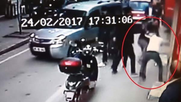 Samsun'da Sokak Ortasında Kavga