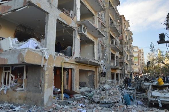 Diyarbakır'da Hain Saldırı: 8 Şehit