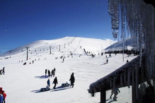 Ladik Akdağ Kayak Merkezi'ne yoğun ilgi