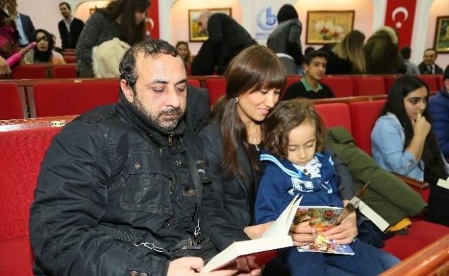 Bağcılar'da televizyon izlemek yerine kitap okudular