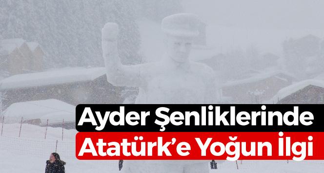 Kardan Atatürk Heykeli Yaptılar