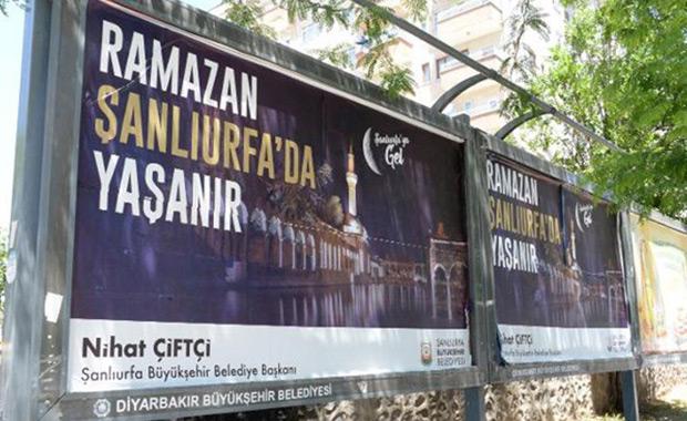Ramazan Şanlıurfa'da Yaşanır afişlerine tepki