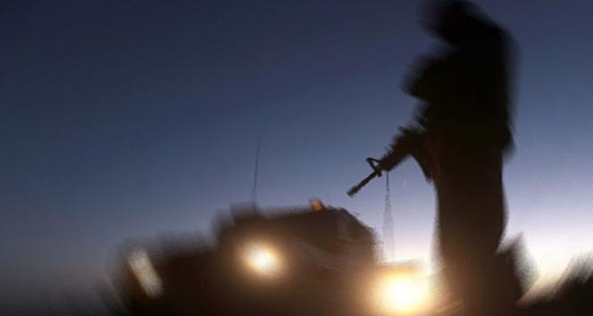 Cizre'de patlama: 4 polis yaralandı