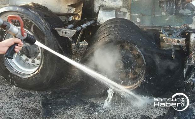 Çorum'da aracın lastikleri yandı