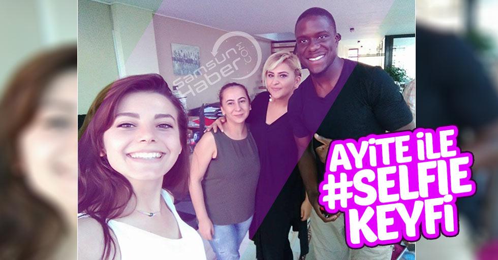 Ayite ile selfie keyfi
