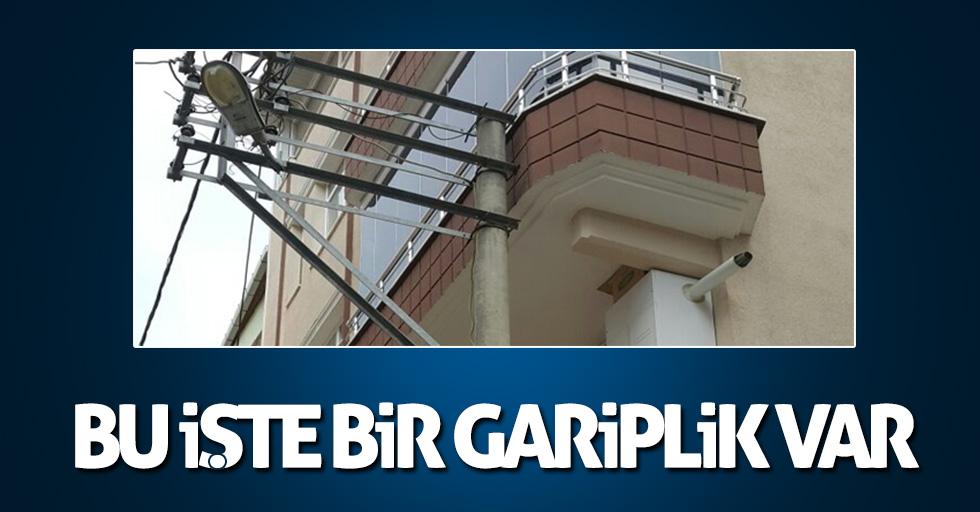 Samsun'da balkona sıfır elektrik direği