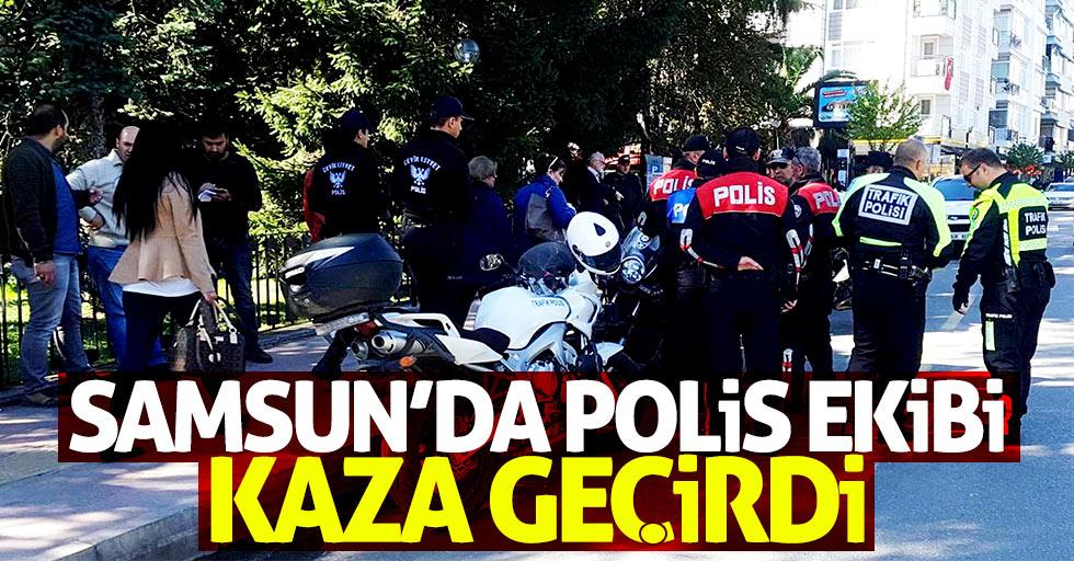 Samsun'da polis ekibi kaza geçirdi