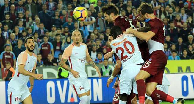 Trabzonspor, Galatasaray'ı evinde mağlup etti