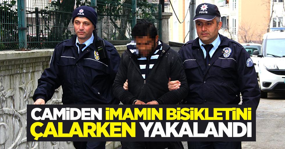 Samsun'da camiden imamın bisikletini çalarken yakalandı