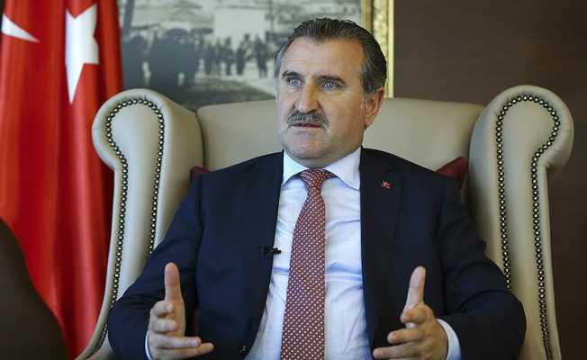Bak'tan Yasin Süzen'e Bakan Osman Aşkın tebrik