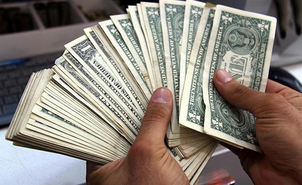 Dolar ve Euro güne yükselişle başladı
