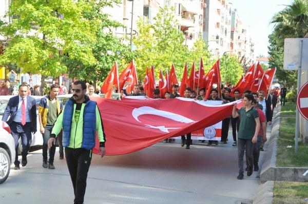 Samsun'da gençlik yürüyüşü yapıldı