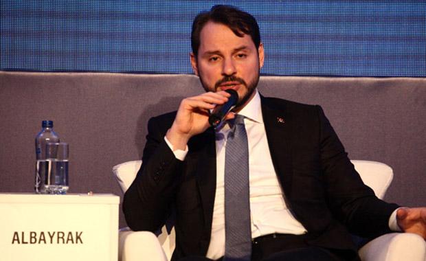 Bakan Albayrak: Türkiye dünyanın umut kapısı
