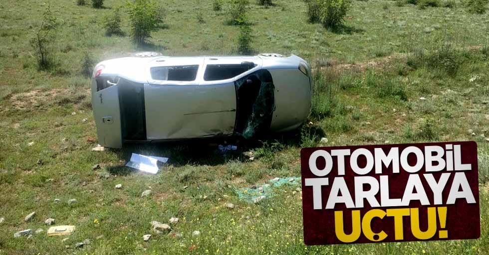 Otomobil tarlaya uçtu! 2 yaralı