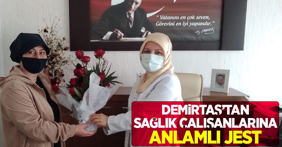Demirtaş'tan sağlık çalışanlarına anlamlı jest