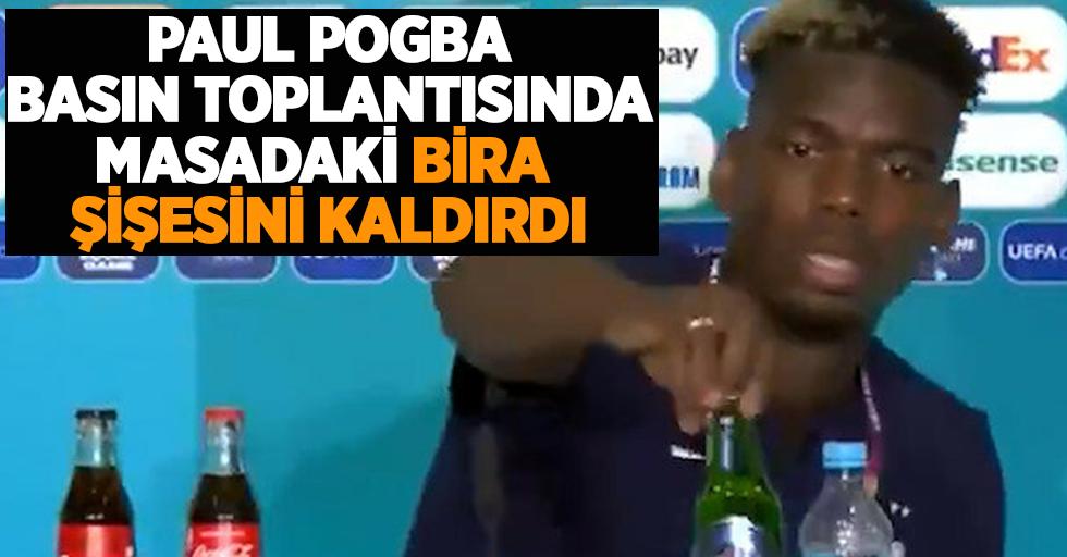 Paul Pogba basın toplantısında masadaki bira şişesini kaldırdı