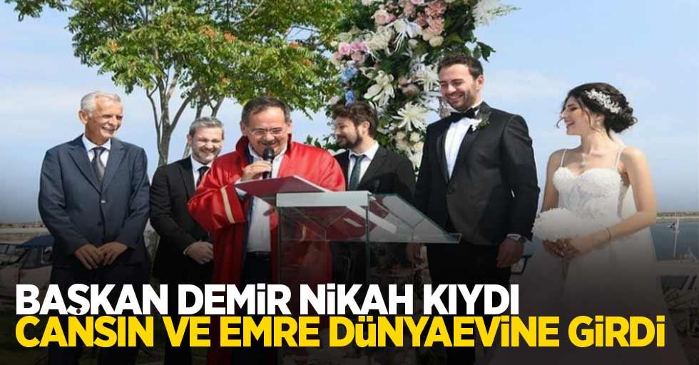 Başkan Demir nikah kıydı. Cansın ve Emre dünyevine girdi...