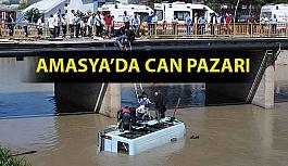 Minibüs Irmağa Uçtu : 14 Kişi Yaralandı