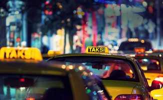 Tüm taksilerin havalimanlarından müşteri alabileceği haberlerine yalanlama
