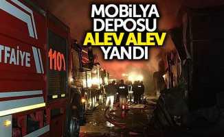 Mobilya Mağazasının Deposu alev alev yandı