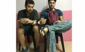 Türk gençler Malezya'da işkenceye uğradı