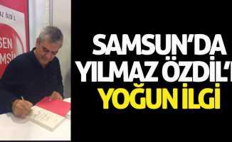 Samsun'da Yılmaz Özdil'e yoğun ilgi