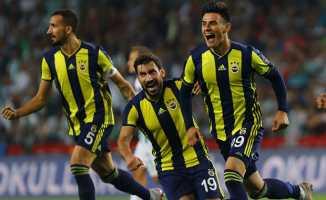 Fenerbahçe Sivasspor deplasmanında sahaya çıkıyor