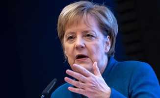 Merkel'den flaş Ukranya açıklaması