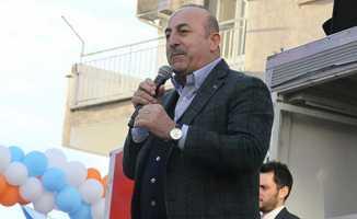 Bakan Çavuşoğlu: FETÖ'cülerin ensesindeyiz