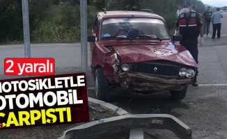 Motosikletle otomobil çarpıştı! 2 yaralı