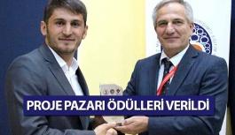 OMÜ'de Başarılı Öğrencilere Ödülleri Takdim Edildi