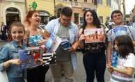 Samsunlu öğrenciler göçmenler için Avrupa turunda