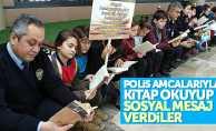 Polis ve öğrenciler kitap okudu